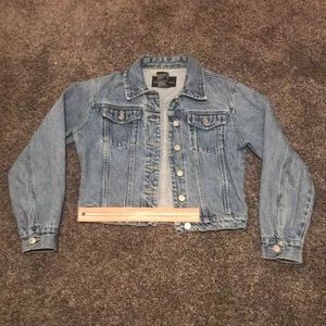 Juniors Medium (7/9), Blue Jean Jacket; No damage